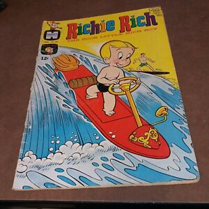 Richie Rich the poor little rich boy #60 Harvey Comics 1967 silver age cartoon