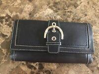 Coach Black Leather Buckle Tri-fold  Wallet