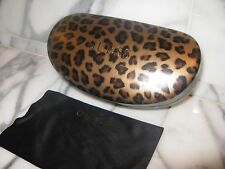 Guess Women's Sunglasses/Eyeglasses Brown Case with Cloth. Brand New. Authentic.
