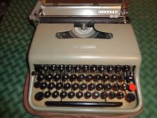 Vintage Olivetti 22 Portable Manual Typewriter  with Case & Cover