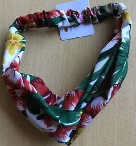 A Pretty White, Green, Red And Yellow Print Silky Scarf Type Head/Hair Band