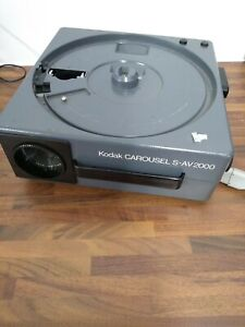 Projector Kodak Carousel SAV 2000 Vintage with Trays - DC
