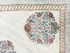 Home Decor Brown Colored Queen Size Winter Quilt Block Printed Floral Bedpsread