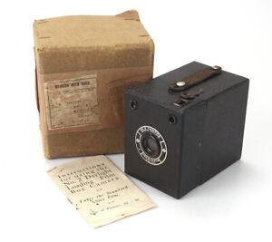 CORONET(?) NO.2 BOX CAMERA, BRITISH, UNMARKED AS TO MAKER, BOXED/cks/189221
