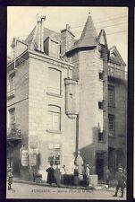 cpa 23 - AUBUSSON (Creuse) MAISON Place de la HALLE Fontaine Animés Enfants