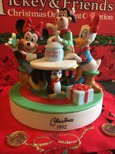 Minnie & Daisy Disney Grolier Christmas Cookies Figurine Annual 1992 Ornament