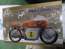 maquette moto MV 500 3 cylindres 1967  Italeri  1/9