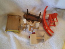 Lot of Miniatures (5), Wood Dollhouse furniture, No Maker Marks