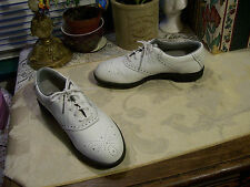 Reebok Leather Soft Spikes Golf Shoes Sz 6-1/2N White .Preowned