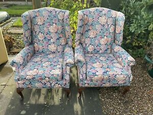2x Wingback Floral Occasional Fireside Armchairs Laura Ashley Styl