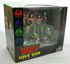 KISS LOVE GUN 2004 DELUXE BOX EDITION Super Stage Figures McFarlane Toys Diorama