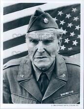 1987 Actor Ford Rainey Wearing Military Uniform US Flag Amerika TV Press Photo
