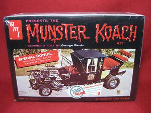 Munsters Koach Retro Deluxe Edition AMT 1:25 Model Kit 647 George Barris Custom