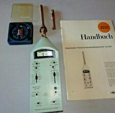 Brüel & Kjaer B&K Schallpegelmesser 2233 als Schwingungsmesser mit 4370