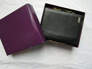 PIERRE CARDIN LEATHER MONEY CARD PASSPORT WALLET new no tags