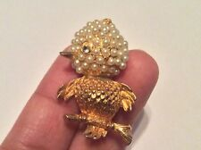 Cute Little Bird Gold Tone Tiny Seed Pearls Brooch Pin