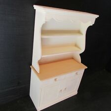KITCHEN DRESSER ~ legno ~ DIPINTO ~ DOLL HOUSE miniatura ~ 1 / 12th scale