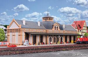 47506 Vollmer N Gauge Kit of Station Altstadt