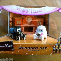 Disney PIXAR Cars STANLEY & LIZZIE WEDDING DAY TIME TRAVEL MATER diecast 2-pack