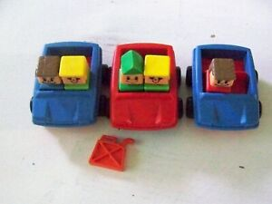 3 Playskool Familiar Places Cars + 5 Figures + gas can