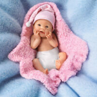 ASHTON DRAKE BUNDLE BABIES BY SHERRY RAWN BUNDLE OF LOVE BABY DOLL 4' RESIN