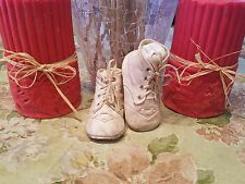 ANTIQUE VINTAGE OLD LEATHER VICTORIAN 1930'S ERA BABY DOLL CHILD BOOTS SHOES