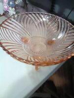 Vintage Pink Bowl - 3 Footed with Curved Lined Pattern