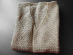 Wollweißes Bettjäckchen,Strickjacke,Handarbeit,gr.40-42Top