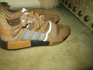 BRAND NEW MENS ADIDAS CAMEL COLOR SNEAKERS, SZ 12