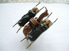 VINTAGE  WEND-AL TOY SOLDIERS - DONKEY CARRYING TWO WOUNDED SOLDIERS ON STRETCHE