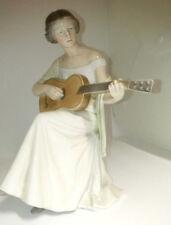 Bing & Gröndahl Figur Frau mit Gitarre 1684