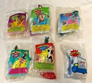 Wendy's Kids Meal Looney Tunes 5 Action Pens + 1 Mail Truck Toy Warner Bros 2000