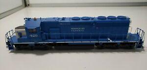 Athearn 4165 SD40-2 DIESEL Locomotive  MISSOURI CENTRAL 420