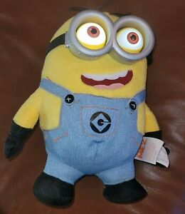 Despicable Me 2 Minion Dave Talks, Pop Out and Light Up Eyes Plush Thinkway Toys