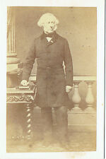 Photo cdv : C.Lebert ; Homme de la bourgeoisie parisienne en pose , vers 1865