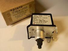 INDUSTRIAL UNITED ELECTRICCONTROLS PRESSURE SWITCH J54-24 J5424 STK 8828 0-30PSI