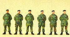 Soldaten stehend Parka Barett Flecktarnung Preiser Figuren 16840 Spur HO OVP