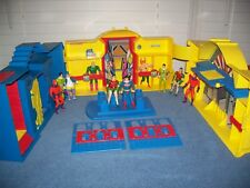 Vintage 1984 Super Powers Hall of Justice League Playset w/ Action Figures