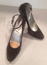 Women's 9 1/2 Tahari Suede Pumps