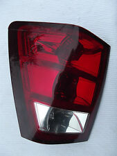 2005-2006 Jeep Grand Cherokee Limited Tail light Lens drivers LHS OEM with bulbs