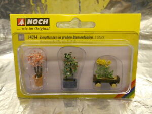 ** Noch 14014 Ornamental Plants in Tubs (3) 1:87 Scale