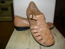 Array Aruba Sandals Women Size 7.5  Tan Leather Upper