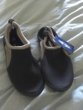 Size 1 Kids Sea Shoes . New