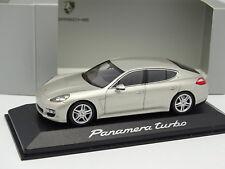 Minichamps 1/43 - Porsche Panamera Turbo Silver Beige