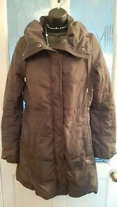 LADIES LOVELY ABERCROMBIE & FITCH COAT SIZE SMALL IN GREY, ZIP FASTEN.