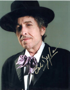 BOB DYLAN - POET/SONGWRITER - LEGEND - HAND SIGNED AUTOGRAPHED PHOTO WITH COA