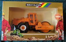 Britains Toys NOS 9912 Dynapac CA25 Road Roller. 1:32 model