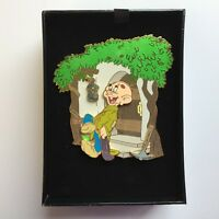 Featured Artist Collection - Kissed by a Princess Dopey LE 750 Disney Pin 42558