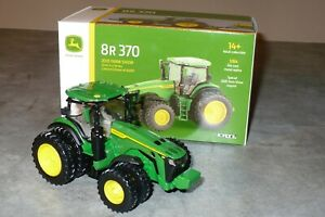 NEW 8R370 John Deere Toy Tractor 2020 FARM SHOW LIMITED EDITION 1/64 Ertl