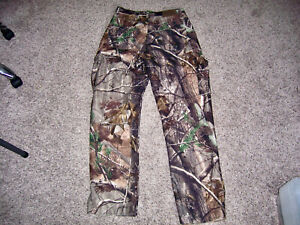 Cabela's Camouflage Pants Realtree AP Size 30 Long/Tall Cargo Pant Soft/Quiet